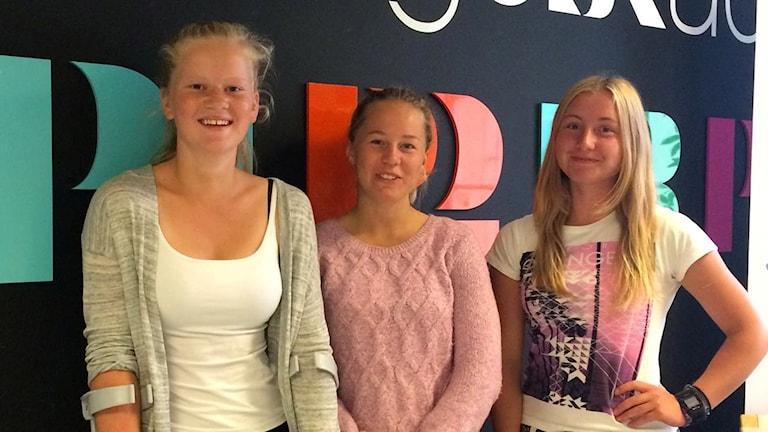 Sofia Borgström, Sandra Borgström och Emma-Nellie Örtendahl. Foto: Tommy Öster/Sveriges Radio