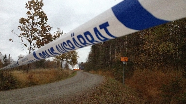 Absperrungen am Tatort (Foto: Margaretha Valdemarsdotter/Sveriges Radio)