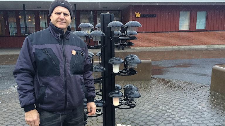 Tony Ilio vid Kronan i Trollhättan. Foto: Skoob Salihi/Sveriges Radio.