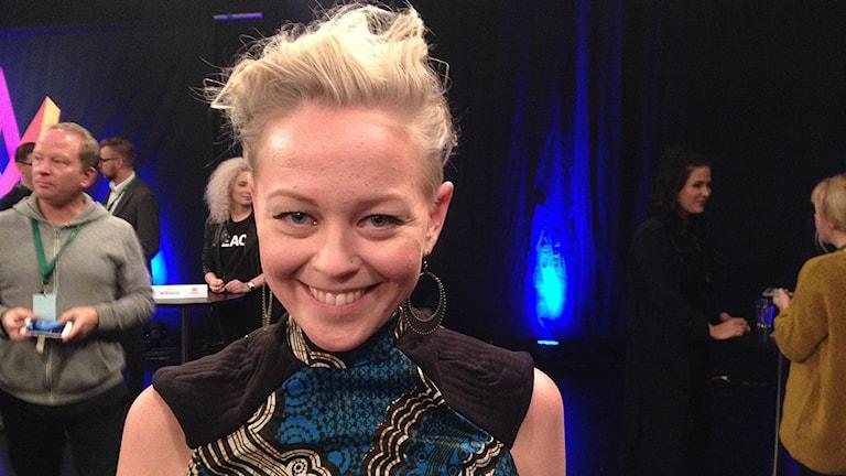 SaRaha, Sara Larsson, på Melodifestivalens pressträff. Foto: Marcus Gorne/Sveriges Radio.
