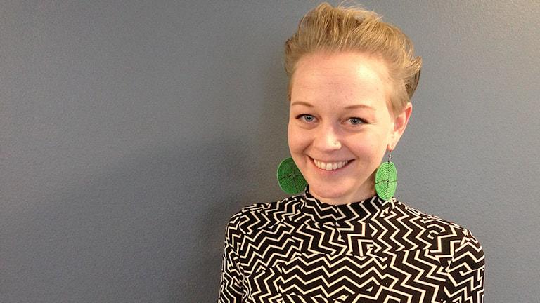 Artisten SaRaha. Foto: Lina Alexandersson/Sveriges Radio.
