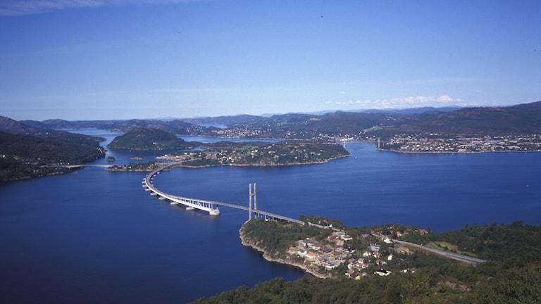 Nordhordalandsbron norr om Bergen i Norge. Foto: Näringslivscentrum i Lysekil.