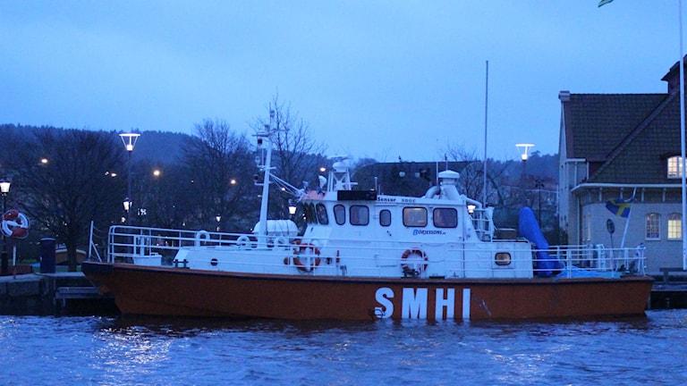 Bild på SMHI-båt.