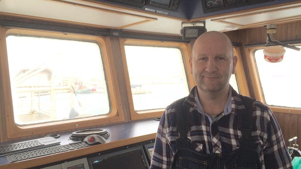 Fiskaren Stefan Larsson ombord på Svanen av Rörö