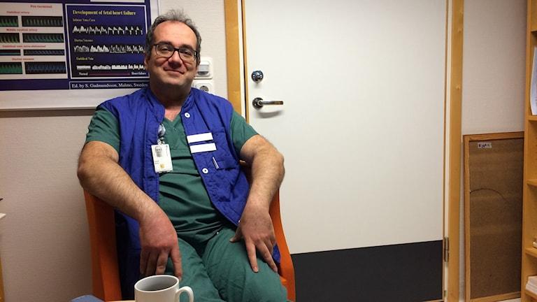 Överläkaren Said Makari är chef för endometriosteamet på NÄL
