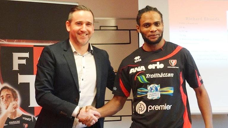 Daniel Lennartsson och Richard Ekunde FC Trollhättan