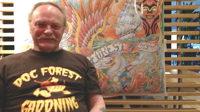 Tatueraren Ove Skog besöker mässan i Trollhättan.