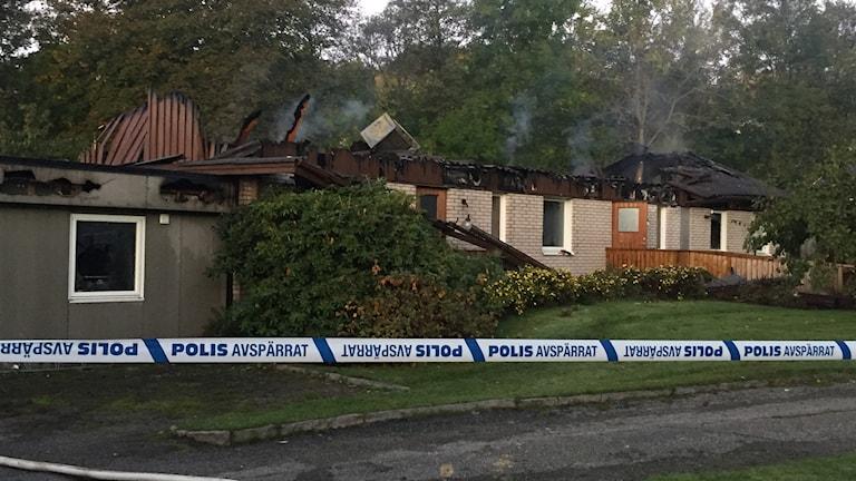 HVB-hem brann vid Gerlesborg i Hamburgsund sent igår kväll och under natten.