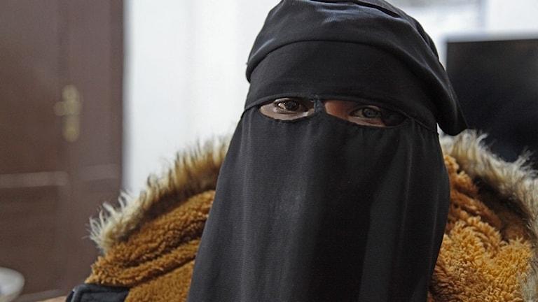 Kvinna som anslöt sig till IS vill nu tillbaka till Sverige.