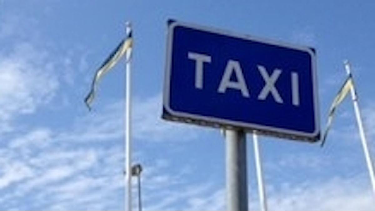 Taxibolaget Kronan har ansökt om konkurs.