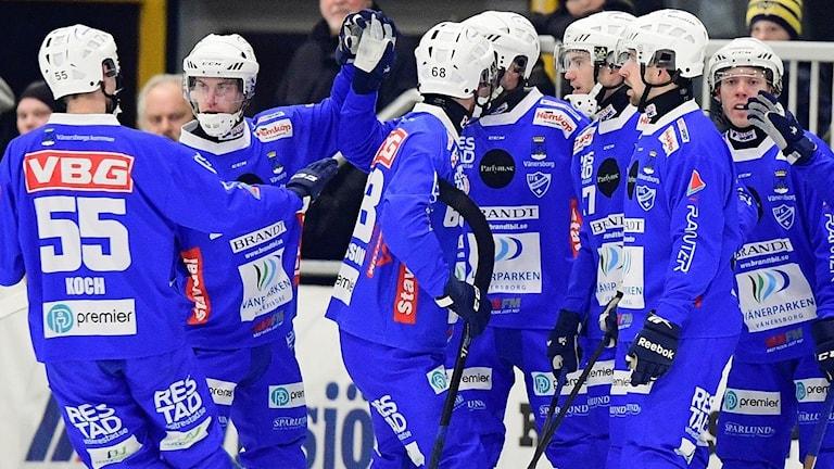 Vänersborg plockade poäng borta mot Broberg. Bilden är från ett tidigare möte med Vetlanda.