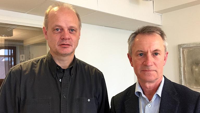 Lysekils kommunalråd Jan-Olof Johansson (S) och oppositionsrådet Ronald Rombrant (Lysekilspartiet)