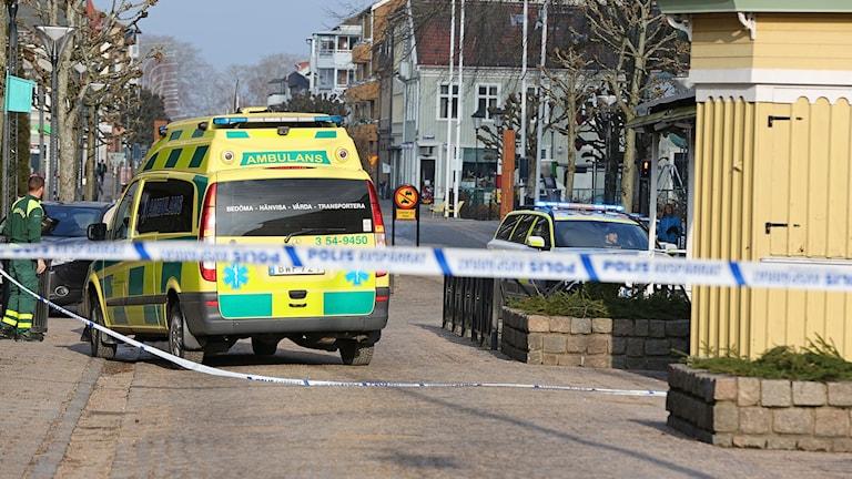 Väpnat rån mot guldsmed i Vänersborg, mycket stora avspärrningar i centrala Vänersborg.
