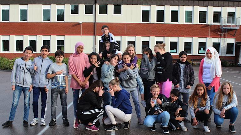 Glada elever från Äsperöd.