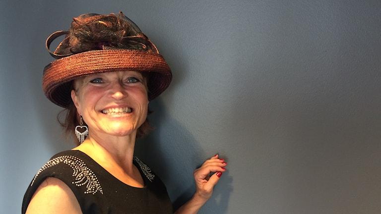 Åsa Svensson gillar att klä sig i hatt.