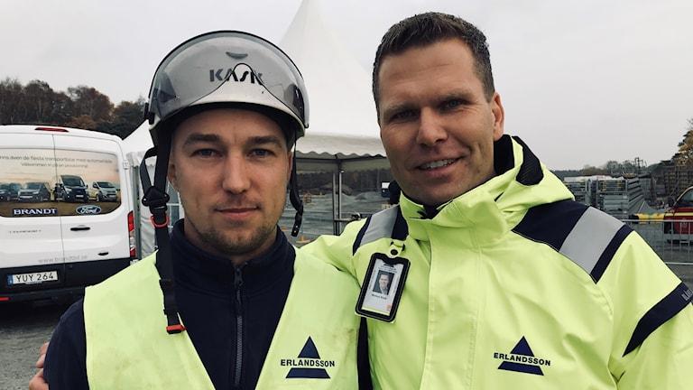 Arbetsledaren Mattias Hellqvist och VD:n Markus Brink på Erlandsson bygg.