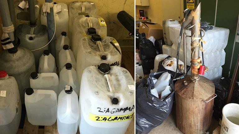 Dunkar samlade i ett källarutrymme och en hembränningsapparat. Foto: Polisen