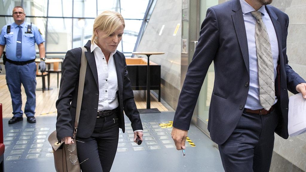 Beatrice Rämsell och Peter Olsson går in i hovrätten