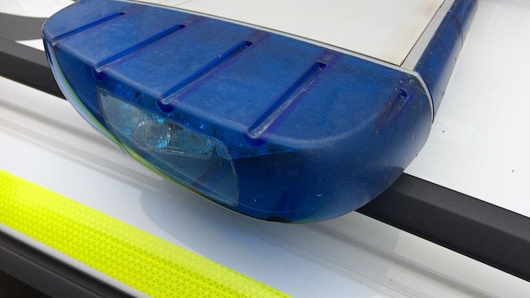 Bild på polisens blåljus.