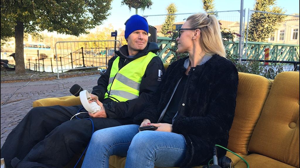Hanna Lindeskär besökte P4 Väst när vi sände ute för att samla ut för världens barn.