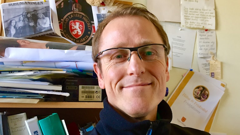 Patrik Rasmussen på kontoret