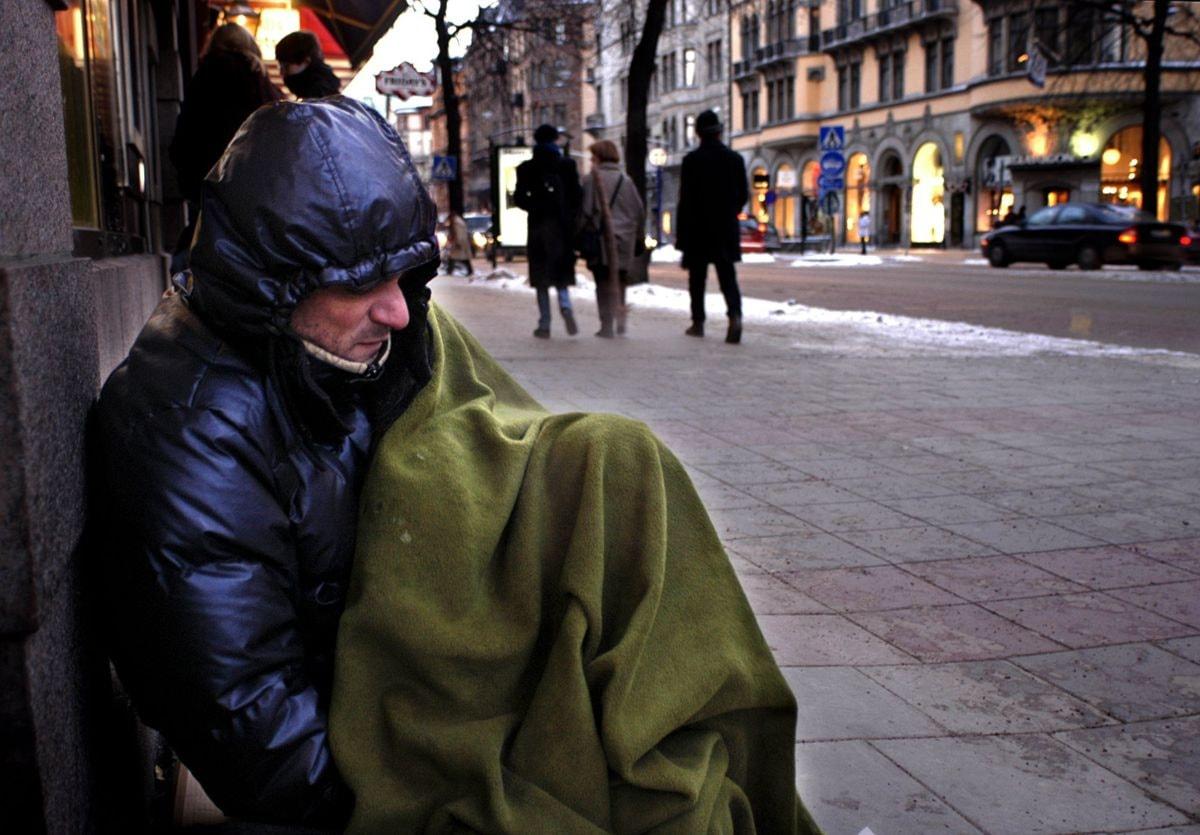 Hemlösa har det svårt i kylan P4 Väst | Sveriges Radio