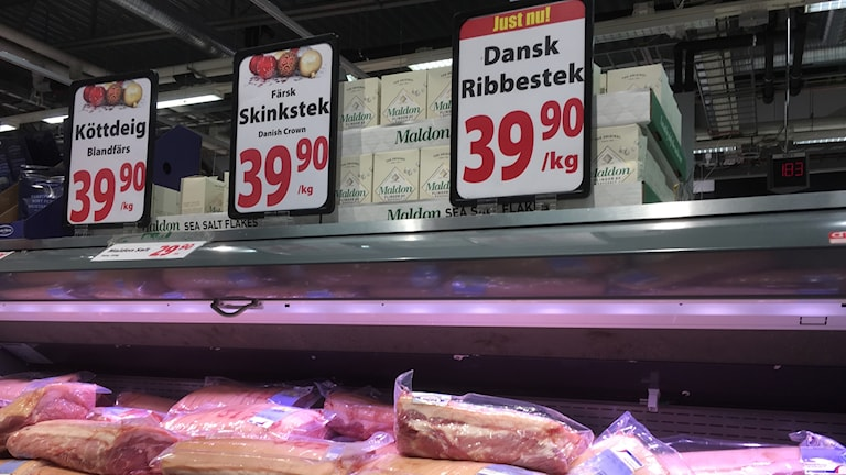 Discount prices on meat