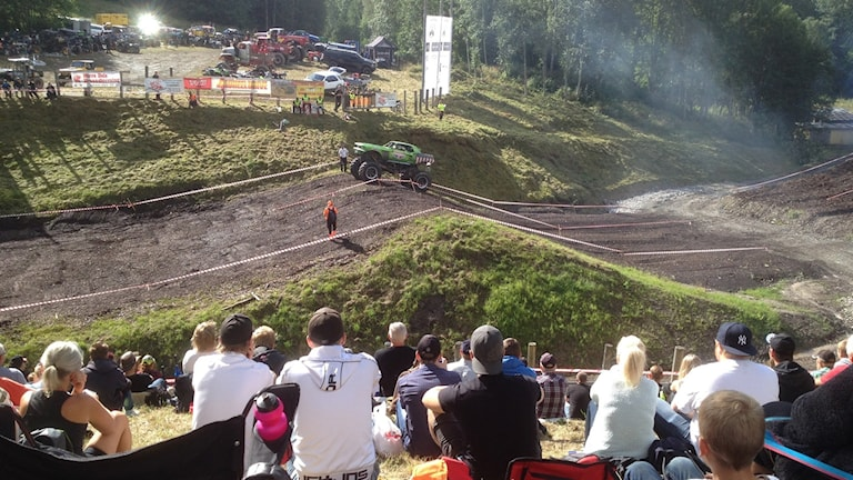 Monsterrace. Publik.Foto:Peter Olsson/Sveriges Radio