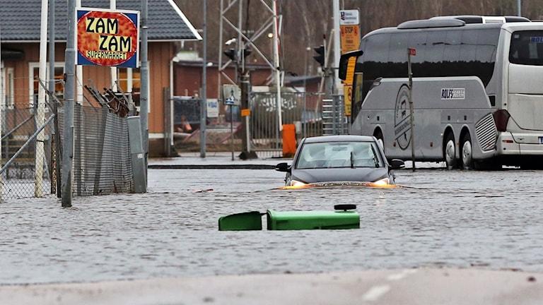 Översvämning på Bastionsgatan i Uddevalla