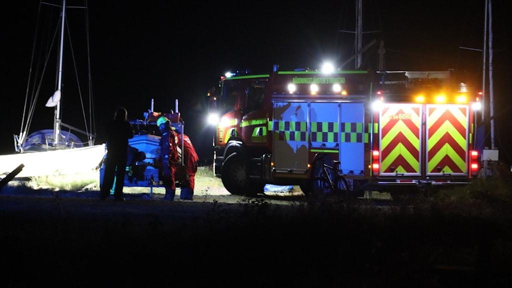 Stort räddningspådrag till havs utanför Strömstad efter rop på hjälp.