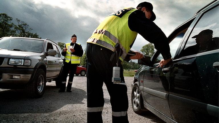 Poliskontroll, bilar, poliser, polis