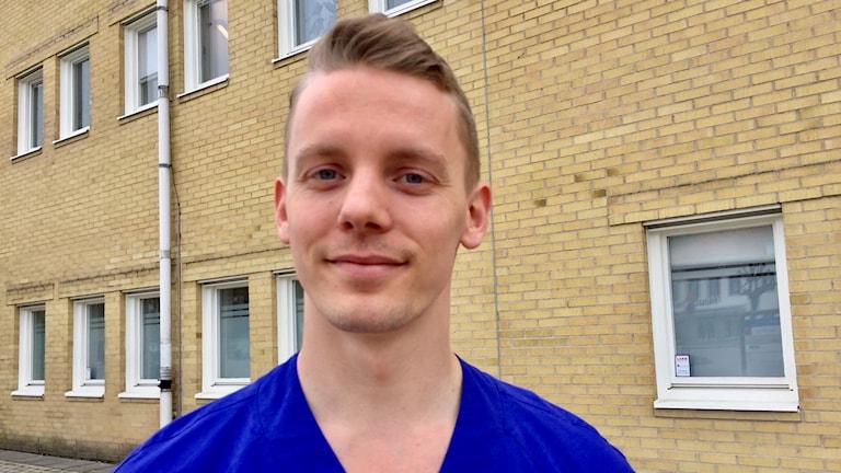 Joakim Henriksen som jobbar i Lilla Edet.