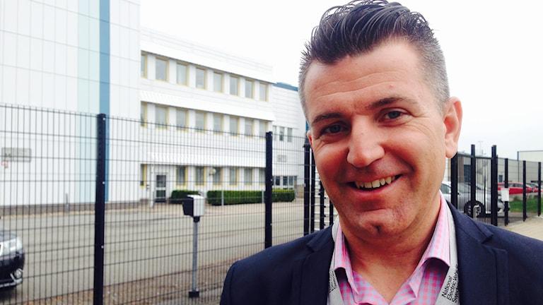 -Nevs behöver nyanställa 300 ingenjörer innan året är slut, säger Haris Dedic, rekryteringsansvarig.
