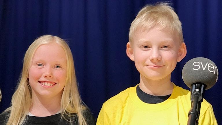 Lily Trolled och Lukas Jarl som tävlar i Vi i femman 2018.