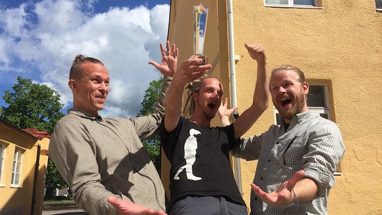 Bild på P4 Nästa-vinnarna Samuel May, Mikael Mannsheimer och Eric Klintenberg i Human And I.