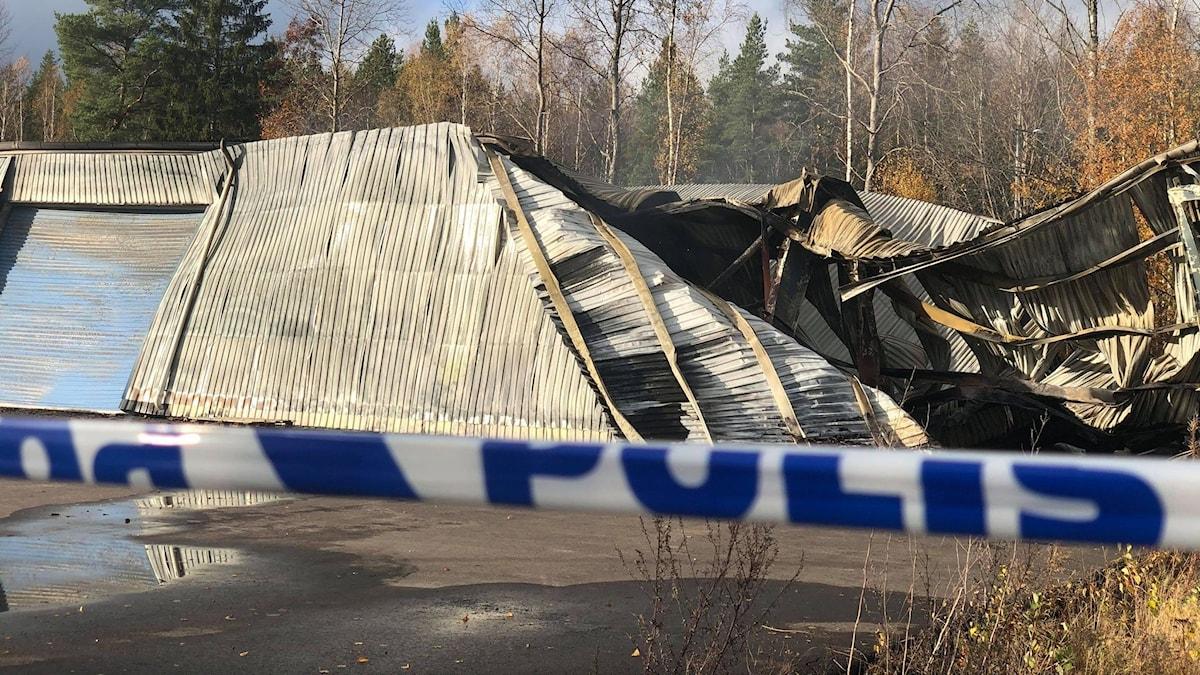 Nedbrunnet förråd vid trallfabriken i Åmål