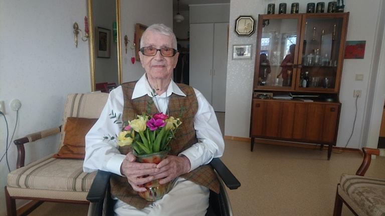 Carl Mattson är Sveriges äldsta man.