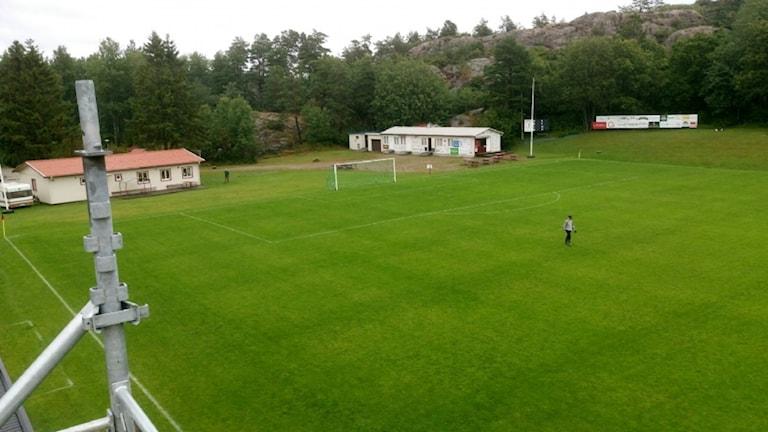 Översiktsbild över Grebbestads hemmaplan, Siljevi.