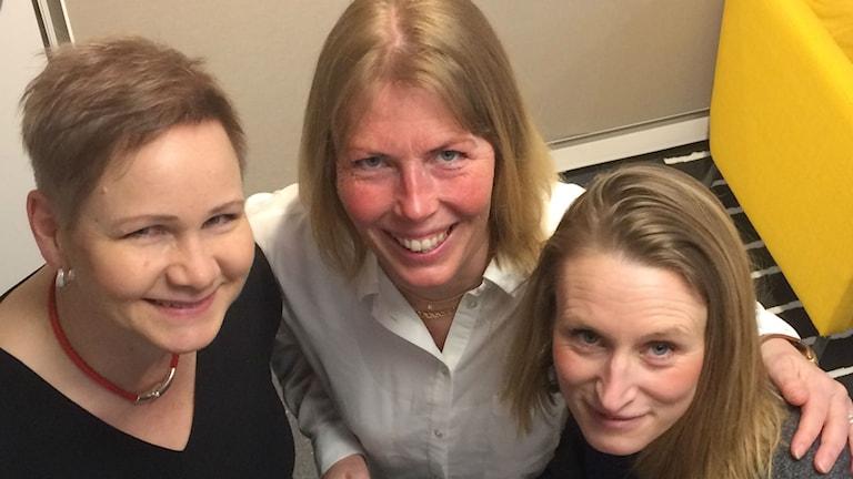Bild på tre av medlemmarna i Mama Rocks.