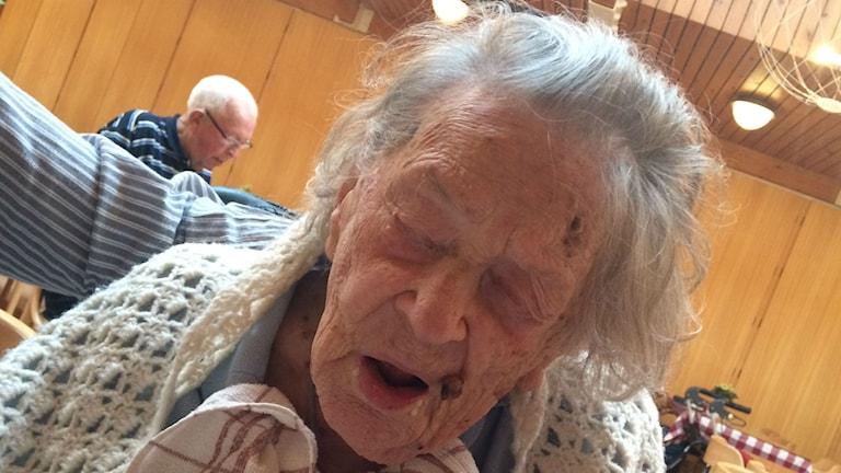 Bild på 110-åriga Alice Östlund