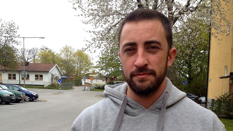 Anders Adali berättar om sitt dubbelliv - entreprenör och familjefar på dagarna - rånare på fritiden. Foto: Moa Soltanian Magnusson
