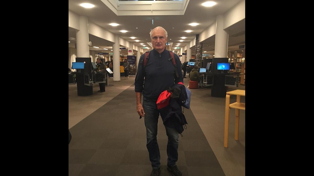 Anders är 70 och pluggar heltid vid Stockholms universitet. Foto: Samanda Ekman.