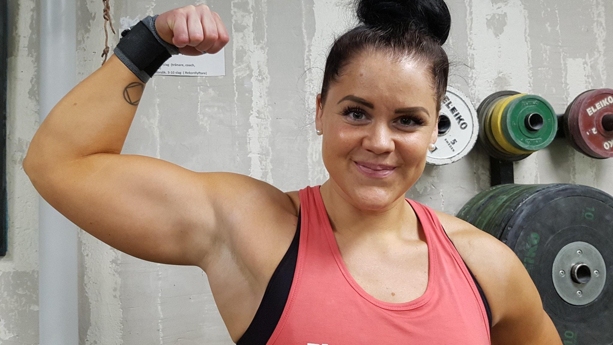 Paula Junhov Rindberg, flerfaldig svensk och nordisk mästarinna i tyngdlyftning.