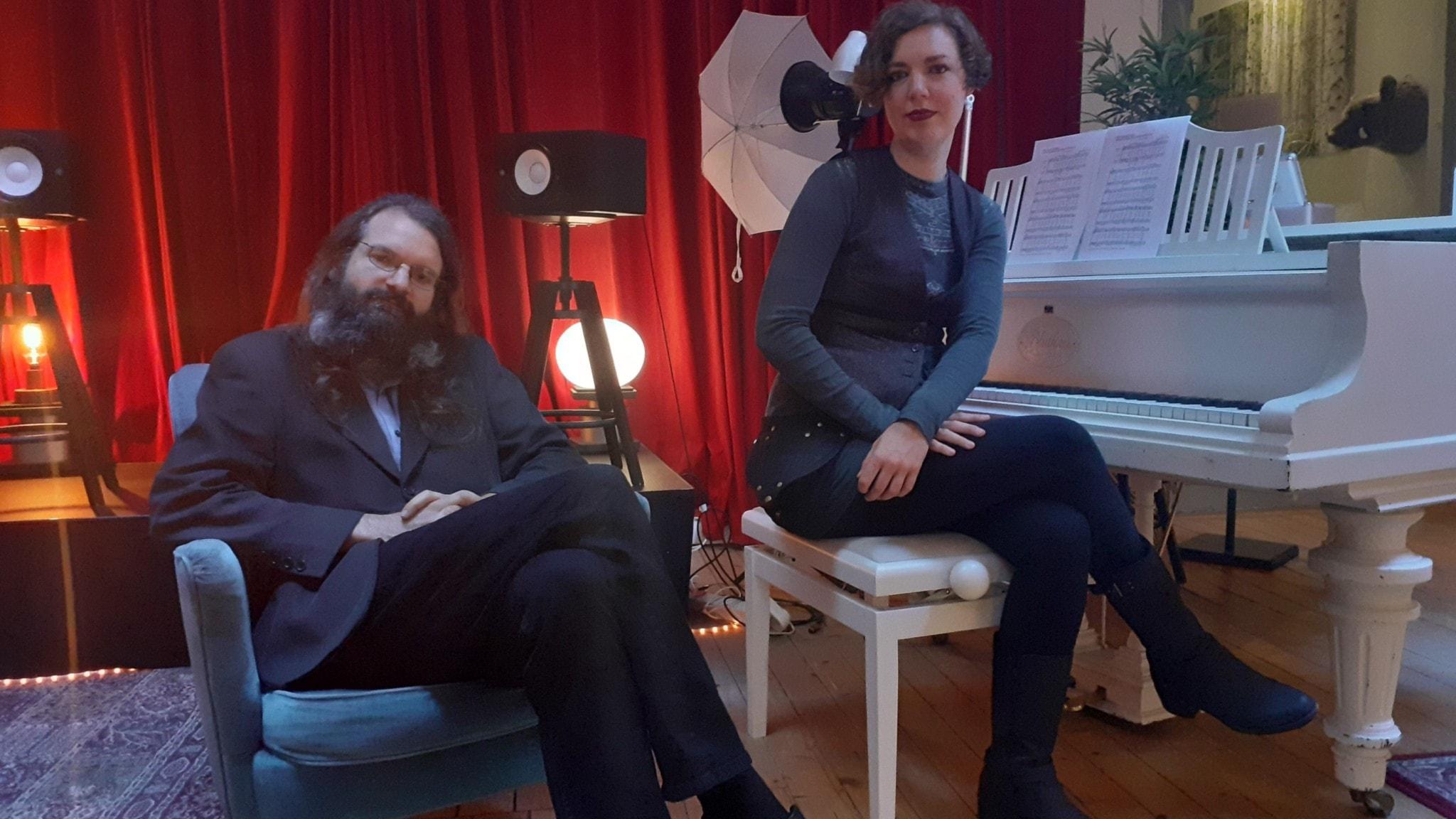 Gäster: Teresa Axner och Carl Bergström