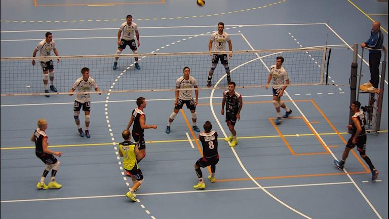 Bild från matchen mellan Falkenberg och Hylte/Halmstad i volleyboll