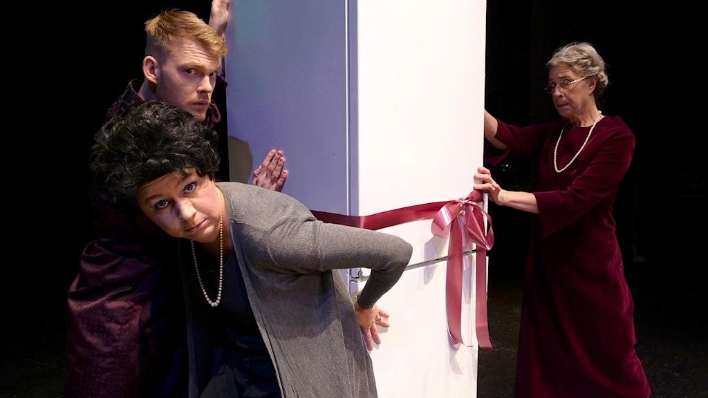 Från föreställningen Isskåpet, på Kulturhuset i Halmstad.