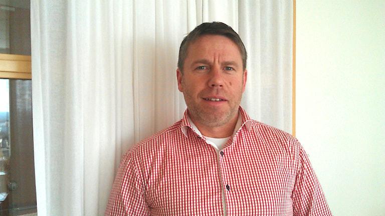 Mikael Kulanko, Svenskt Näringsliv, är bekymrad över företagens dystra framtidstro. Foto: Madelene Szabó/Sveriges Radio
