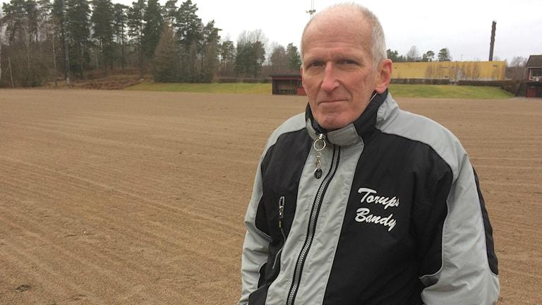 Bengt Åke Torhall från Torups bandyklubb.
