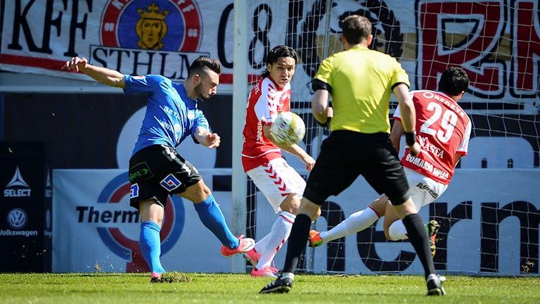 Bild från matchen mellan Kalmar och HBK.