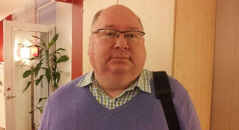 Tommy Rydfeldt (FP) ansvarig politiker för regionens vårdcentraler. Foto: Marie Sjöberg / Sveriges Radio